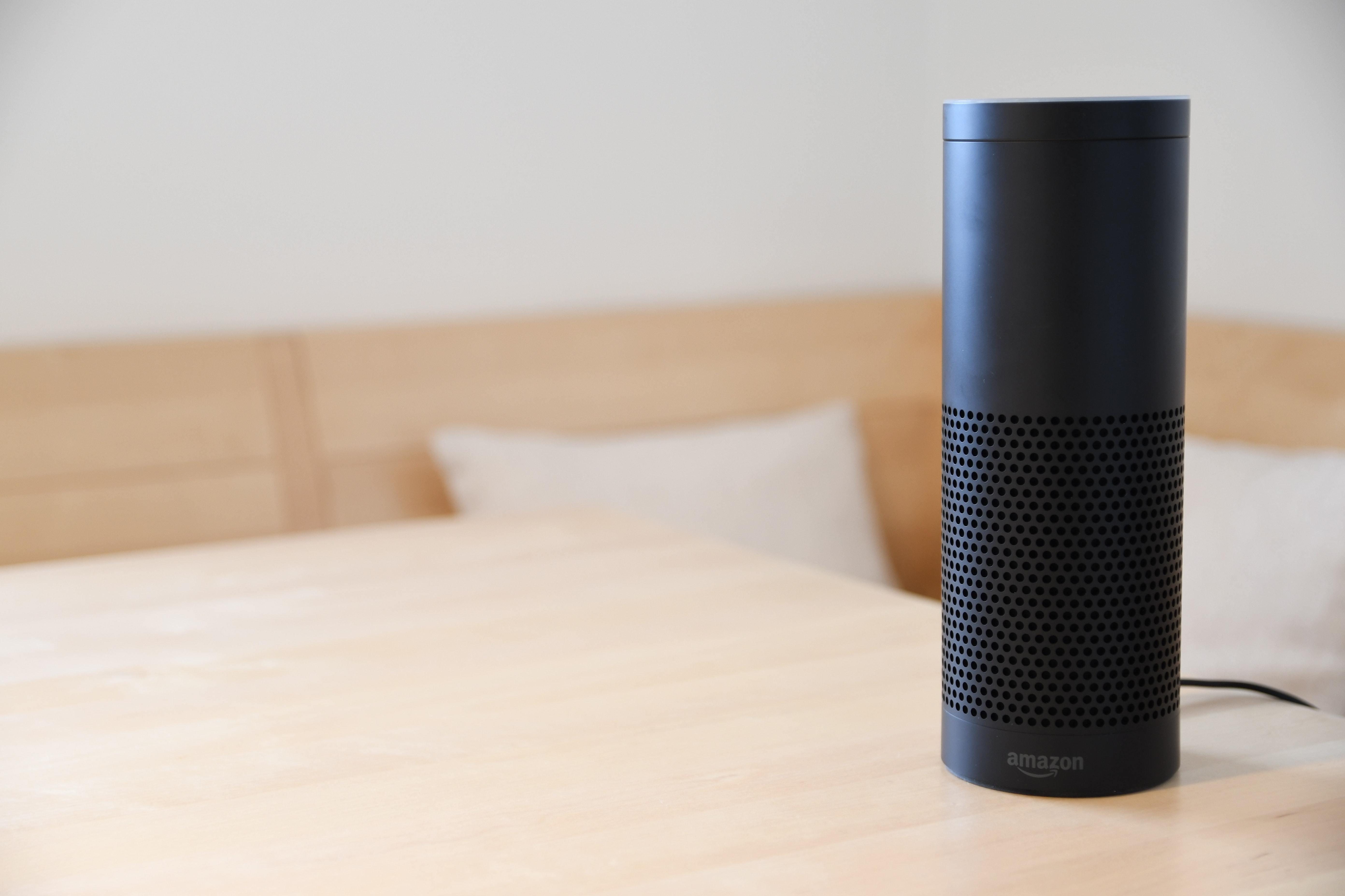 042 Amazon Alexa